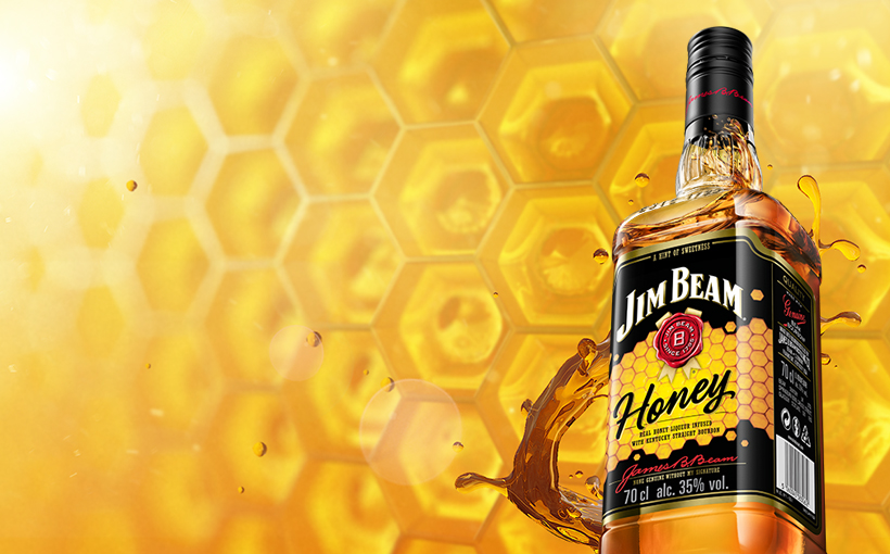 Jim Beam® Honey Packshot.