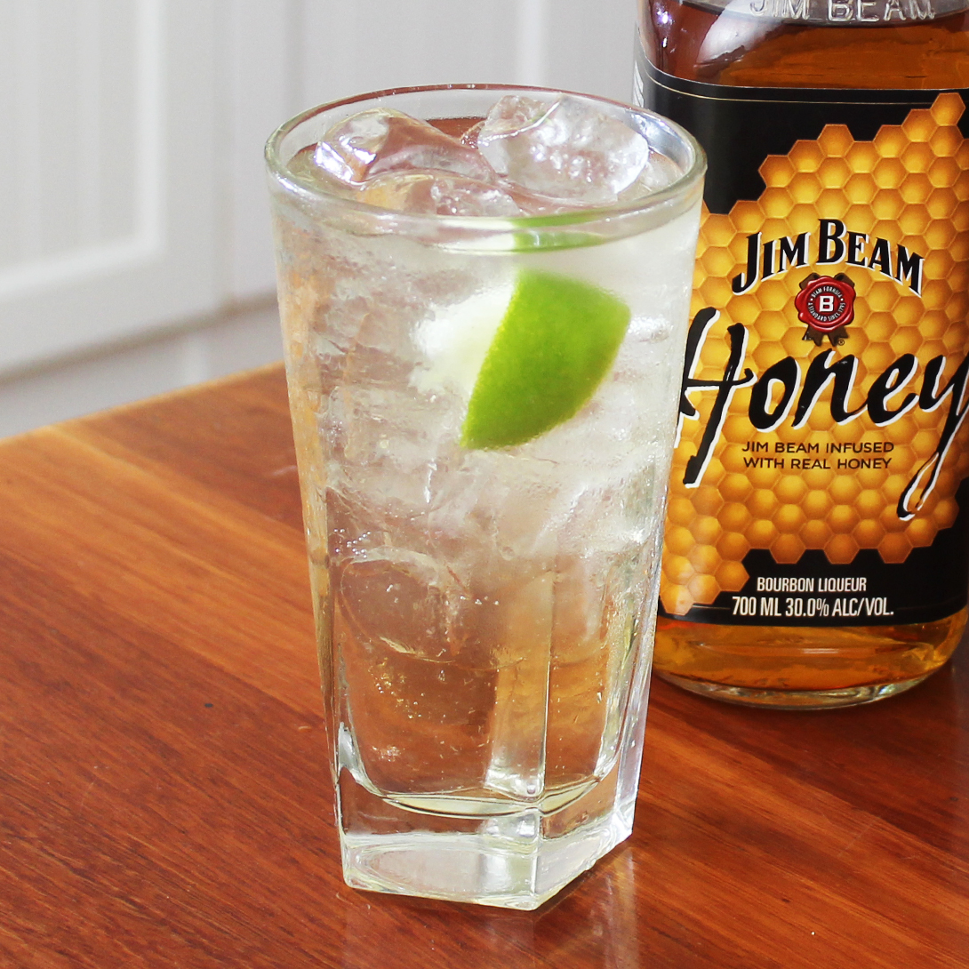 Honey and lemonade with lime